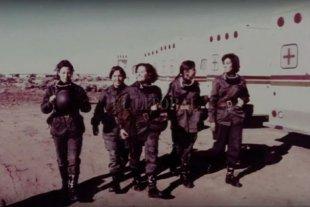 """Evelina Sanzo y Flor Croci presentan """"Ellas"""" -  La idea surgió a partir del libro""""Mujeres invisibles"""", de la cordobesa Alicia Panero, la primera investigación sobre las mujeres que participaron de la guerra. -"""