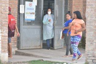 Hay al menos unos 20 profesionales de hospitales de la ciudad en aislamiento