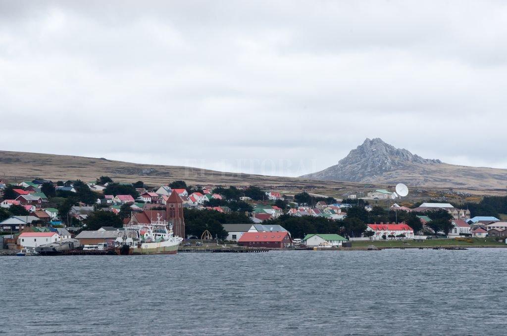 La ciudad de Stanley (Puerto Argentino) en las Islas Malvinas.  Crédito: Archivo El Litoral