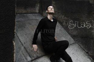 """Un universo sensorial - Bassa en la portada de """"Silas"""", que será editado por Klarthe Records/Pias Distribution. -"""