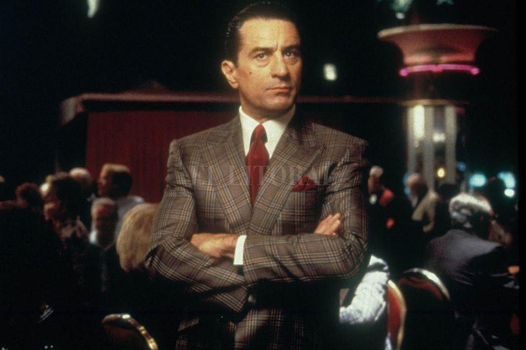 """Robert De Niro como """"Ace"""", el apostador profesional que se hace cargo del casino """"Tangiers"""" en Las Vegas, controlado por la mafia de Chicago.  Crédito: Universal Pictures"""