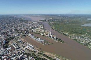 El río Paraná tuvo otra baja y se acerca a niveles históricos en Santa Fe - El nivel del río Paraná está muy cerca de las marcas históricas -