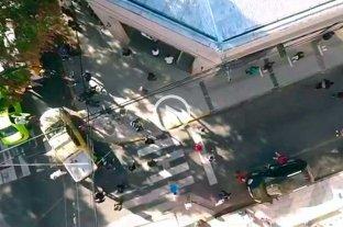 Así se ven las filas en los bancos de Santa Fe desde el drone de El Litoral