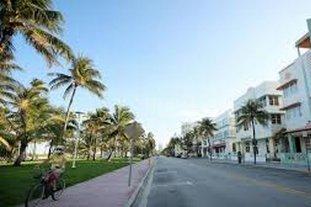 Florida entra en confinamiento obligatorio con 10.268 casos de coronavirus