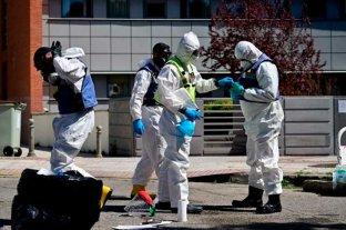 Tercera jornada consecutiva con descenso de muertos diarios por coronavirus en España -  -