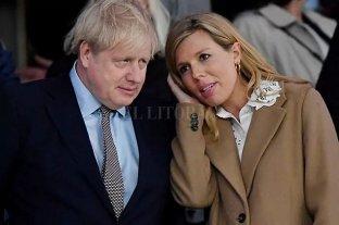 La novia embarazada de Boris Johnson tiene coronavirus