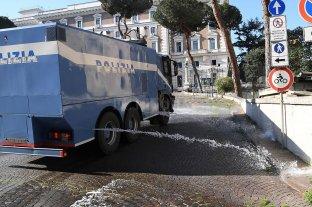 A pesar de sumar 681 fallecidos por coronavirus este sábado, Italia acentúa la curva descendente