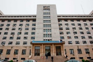 Promulgan la ley que limita las jubilaciones de privilegio del Poder Judicial y cuerpo diplomático -  -