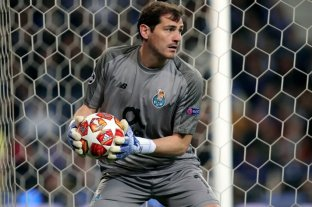 """Casillas propone un Real Madrid-Barcelona """"vintage"""" para ayudar a los afectados por el coronavirus"""