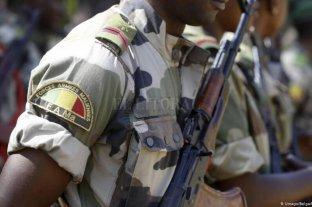 Al menos 20 muertos tras ataque a militares en Mali