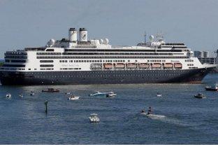 """Argentinos varados en un """"barco fantasma"""" en Miami piden ayuda para volver a sus hogares"""
