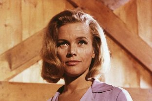 "Falleció Honor Blackman, una de las ""chicas Bond"""