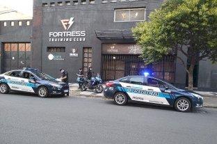 Trabajos de Policía Federal  en la emergencia sanitaria - Entre las tareas realizadas se procedió a la clausura de un gimnasio por incumplimiento del Decreto 297/2020 Covid 19 -
