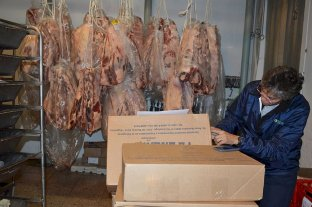 Mala leche: un supermercado quería vender una tonelada de carne podrida