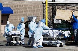 """Coronavirus: Nueva York estudia utilizar los parques para """"entierros transitorios"""""""
