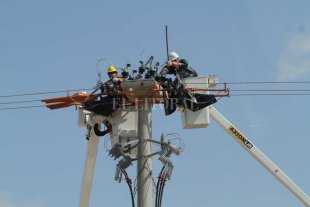 El Gobierno sumó a la obra privada de infraestructura energética como actividad esencial -  -