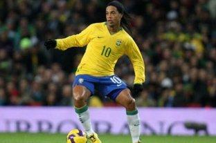 Eliminarían a Ronaldinho del juego FIFA 20 por estar preso en Paraguay