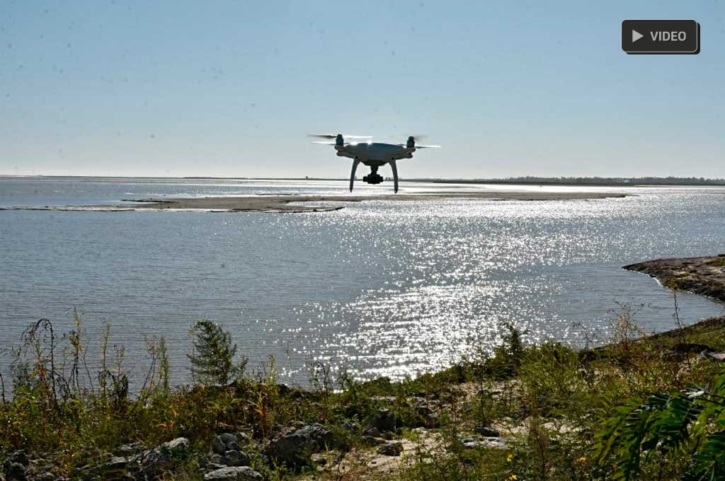 Desde el drone de El Litoral: así está la Laguna Setúbal, con el río a 1,30 mts -  -