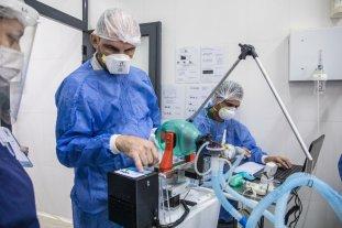 Investigadores santafesinos testearon con éxito un respirador artificial -  -