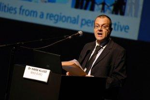 La OMS recomienda no levantar las cuarentenas en Europa - Hans Kluge -