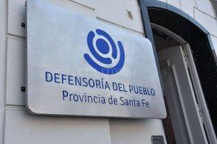 La Defensoría del Pueblo de Santa Fe advirtió por intentos de estafa para inscribirse en el Ingreso Familiar de Emergencia -  -