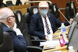 Denuncian que legisladores tucumanos utilizaron barbijos donados para el personal sanitario