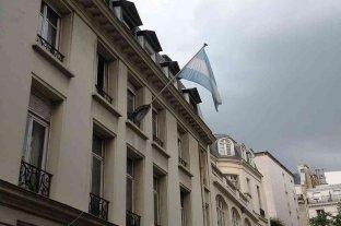 Gran parte del personal de la embajada argentina en Francia tienen coronavirus