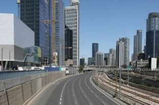 Israel aplica un toque de queda de 15 horas para evitar salidas y aglomeraciones por Pesaj