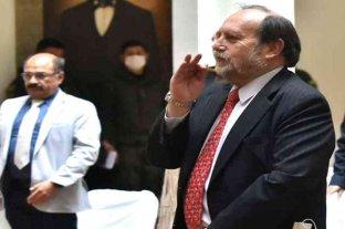 En medio de la crisis por el coronavirus, relevan al ministro de Salud de Bolivia