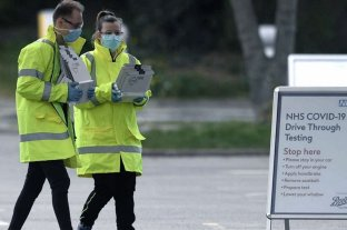 Reino Unido registra nuevo récord: 938 muertos en un día por coronavirus -  -