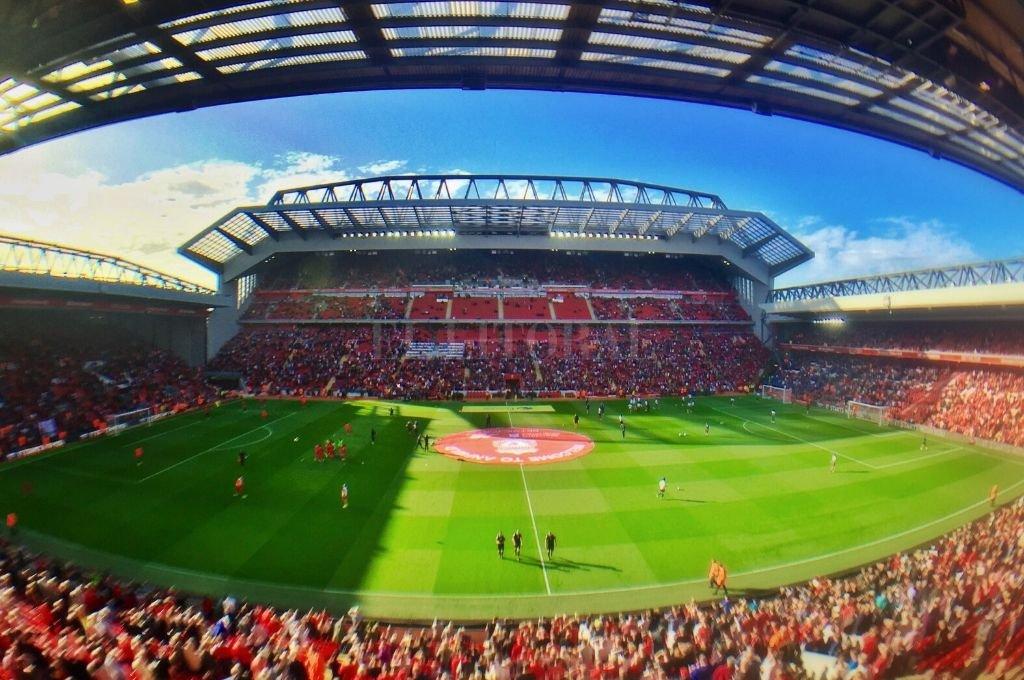 Anfield, el imponente estadio del Liverpool de Inglaterra.   Crédito: El Litoral