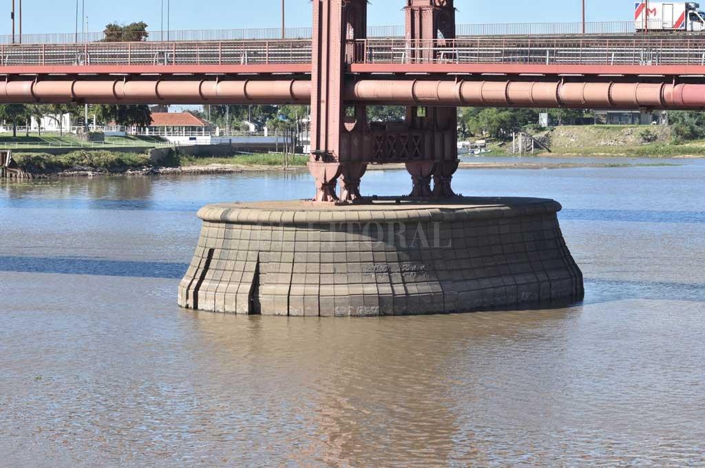 Poca agua en la Laguna Setúbal. Crédito: Guillermo Di Salvatore