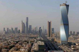 Coronavirus: Arabia Saudita usa drones para controlar la temperatura corporal en la calle