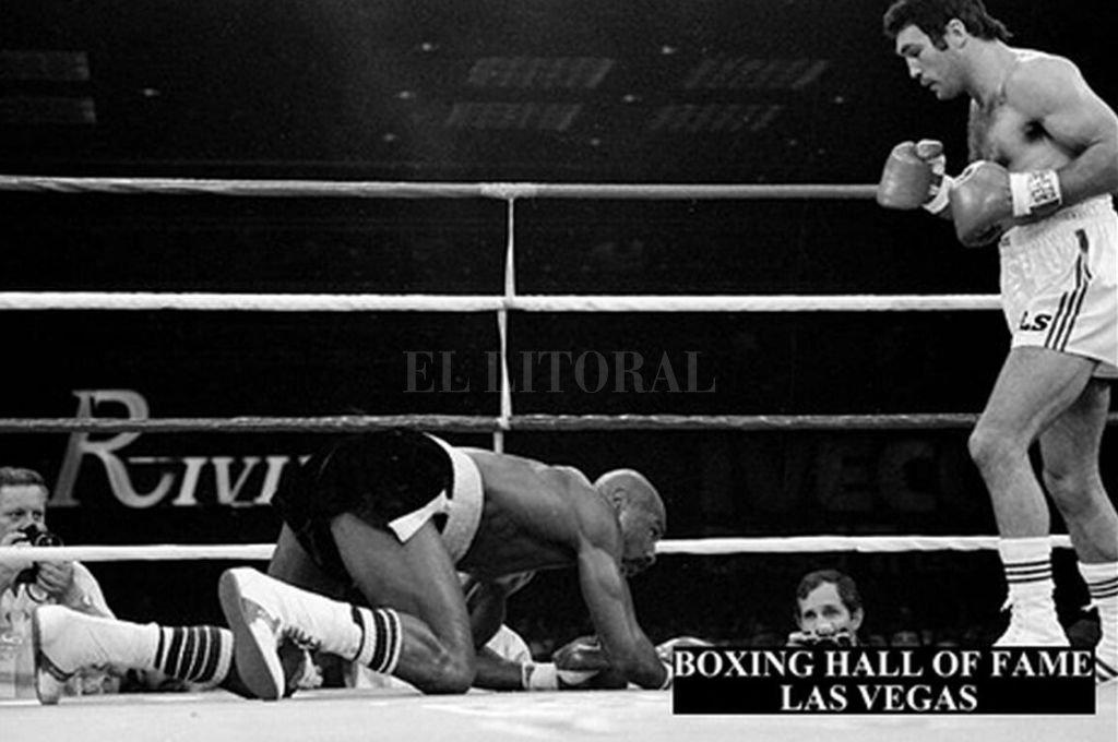"""La única vez. """"Martillo"""" Roldán fue el primer y único boxeador que tiró a """"Maravilla"""" Hagler a la lona. Fue el 30 de marzo de 1984, en Las Vegas, por el cetro mediano.   Crédito: Archivo"""