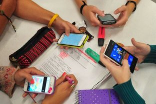 Aumentan los precios de telefonía celular -  -