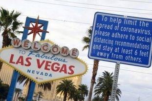 """Trabajadores de casinos en Las Vegas, abandonados a su suerte en un """"pueblo fantasma"""""""