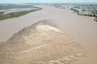 Piden controles ante la actividad pesquera y depredaciones por la bajante del río Paraná -  -