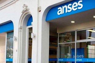 Bono de $ 10.000 de Anses: cuándo y cómo cargar los datos bancarios para cobrar -  -