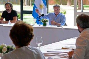 Fernández define con expertos médicos la extensión de la cuarentena