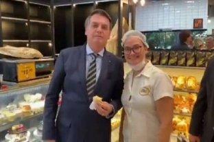 Bolsonaro vuelve a ignorar las medidas de restricción por el coronvirus y genera más polémica