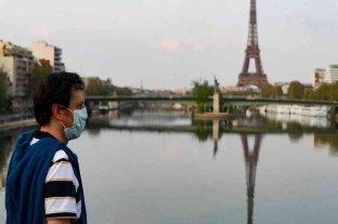 París amplía uso de tapabocas por el repunte del coronavirus