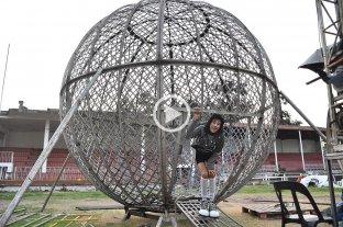 El insólito caso del circo que terminó varado en la ciudad por la cuarentena
