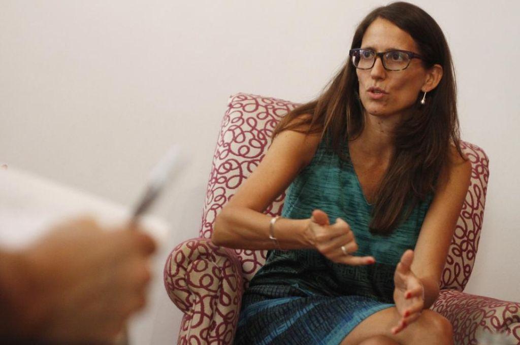 La ministra de Mujeres, Géneros y Diversidad culpó al Poder Judicial ante la posibilidad de liberar femicidas y violadores para desatestar las cárceles.    Crédito: Gentileza