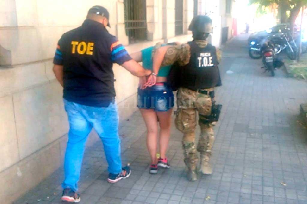 Sofía Anahí Pasquier fue apresada el 28 de enero de 2018 por efectivos de la Tropa del Operaciones Especiales (TOE). Crédito: Archivo El Litoral