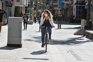 Piden que se incentive el uso de la bici con sendas transitorias seguras