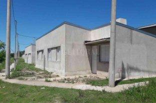 Baucero confirmó la continuidad de las 78 viviendas en San Javier