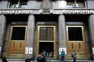 """El gobierno emitirá este martes un bono """"dollar linked"""" - Ministerio de Economía de la Nación. -"""