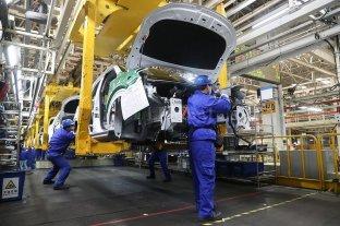 La producción de autos cayó un 84% en mayo