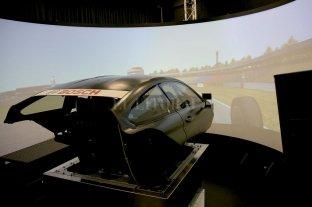 Los pilotos e ingenieros aceleran sin salir a la calle