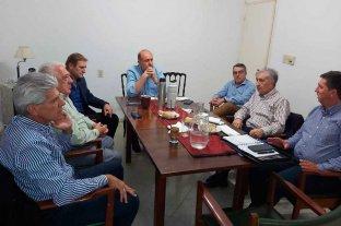 Seis de los doce senadores del PJ estuvieron con el gobernador